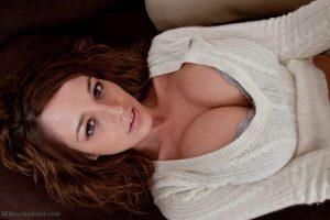 Nikki Sims showing cleavage